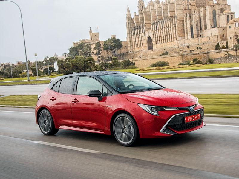 El Toyota Corolla apuesta en exclusiva por las mecánicas híbridas (122h y 180H)