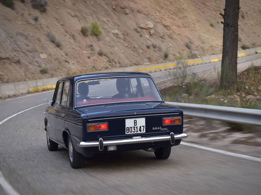 El nombre de SEAT 1430 lo toma de la cilindrada del motor