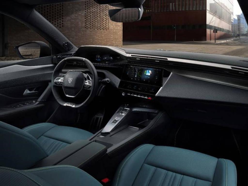 Introduce la última evolución del Peugeot i-Cockpit