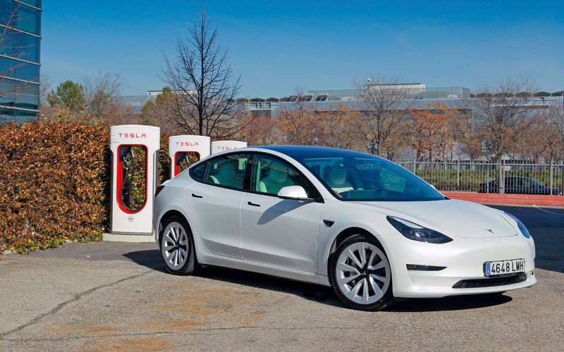 Prueba Tesla Model 3 Tracción integral Gran Autonomía, fuera prejuicios