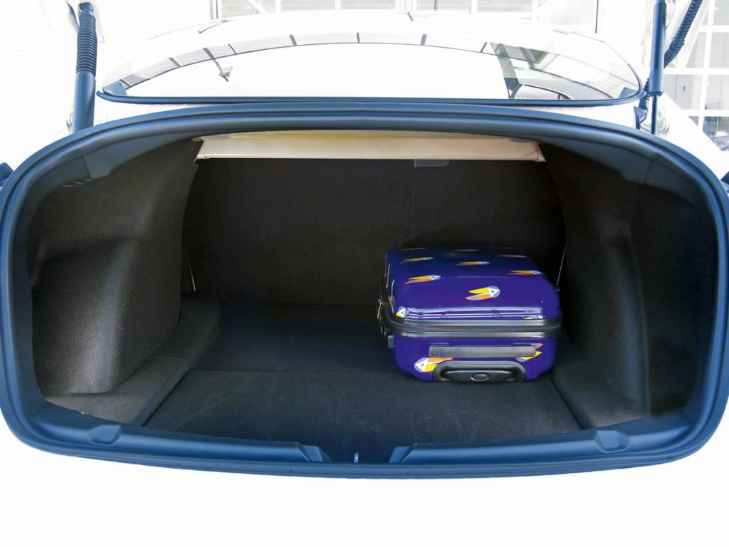 A los 425 litros del maletero trasero se suman los 117 del delantero