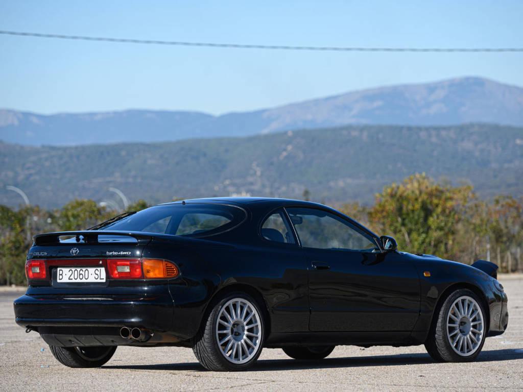 El Toyota Célica sigue siendo un modelo polivalente, que responde bien en todo tipo de circunstancias