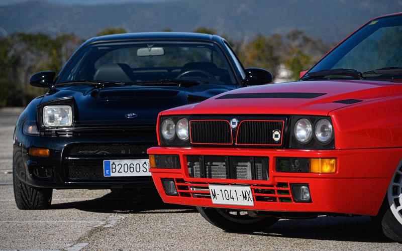 Aunque ambos están casi de serie, los dos incluyen novedades para enfatizar su aspecto racing.