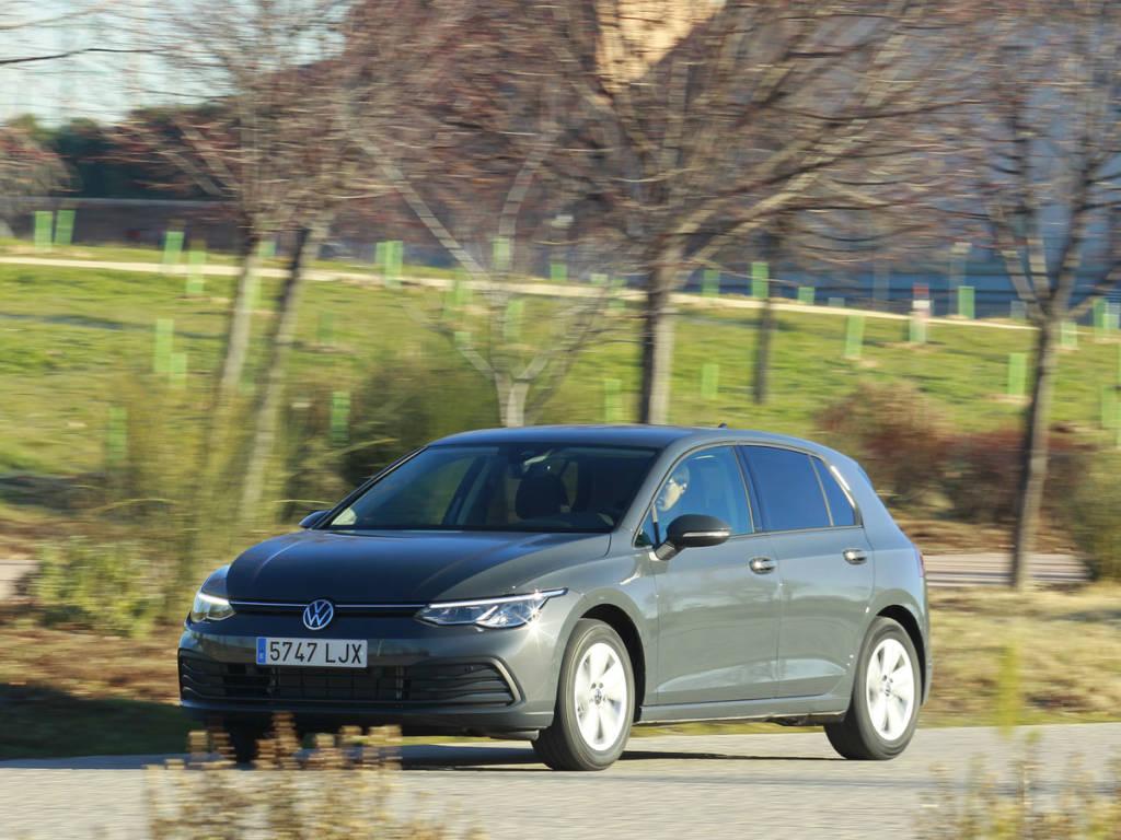 El acabado Life de la imagen es el punto de partida en la gama del Volkswagen Golf