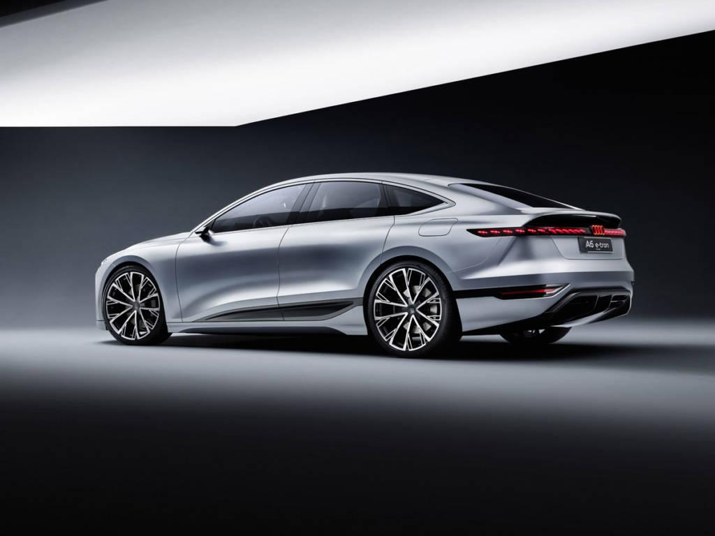 Audi A6 e-tron Concept trasera