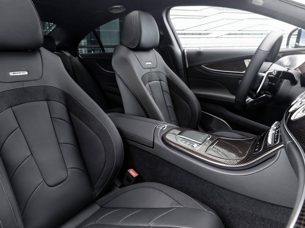 El interior también se muestra más refinado y con mayor sensación de calidad ante los nuevos equipamientos