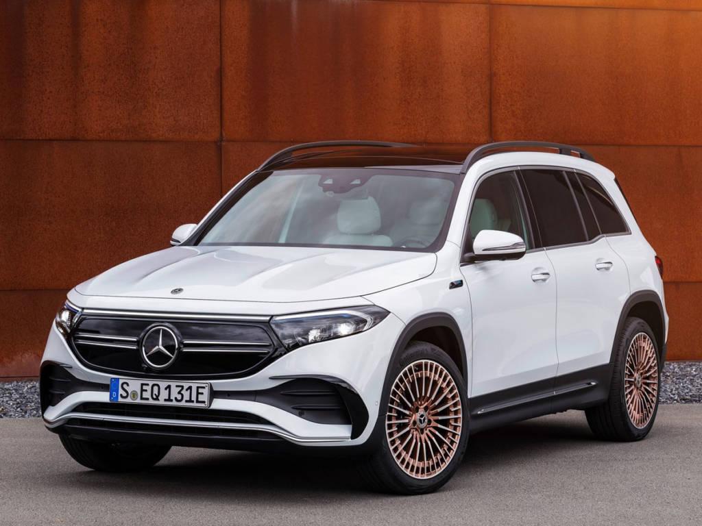 Mercedes-Benz EqB 2021 tres cuartos delantera
