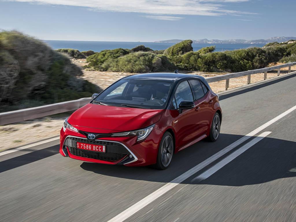 Toyota se sitúa como la tercera más vendida