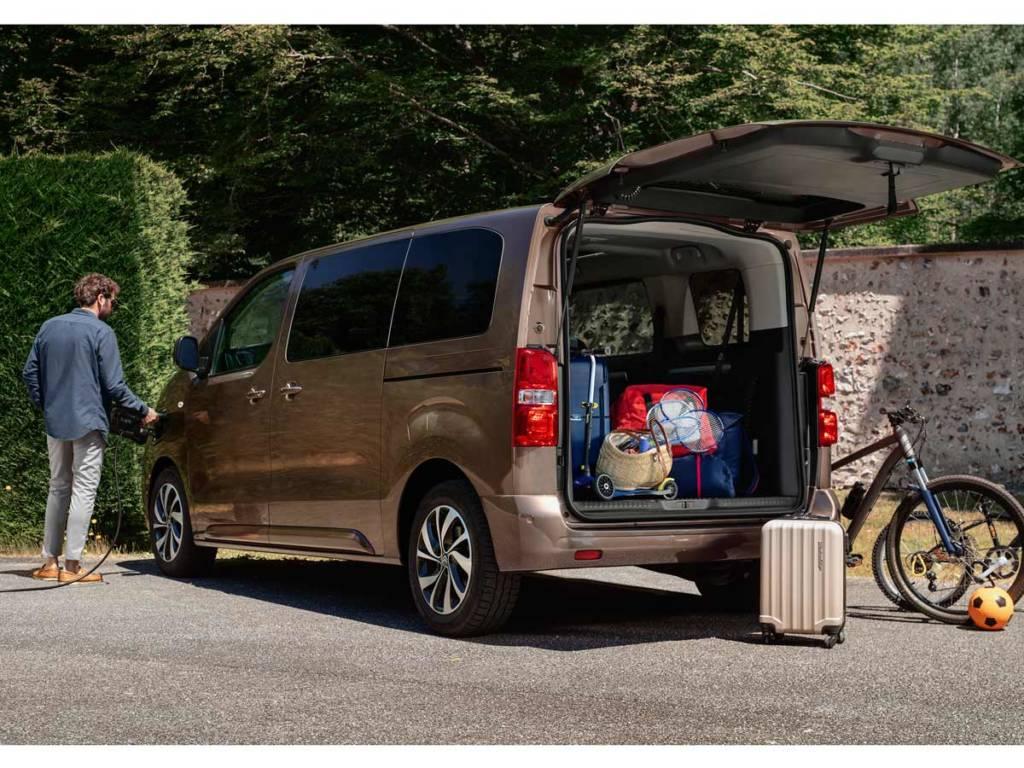 Citroën ë-SpaceTourer eléctrico maletero talla M