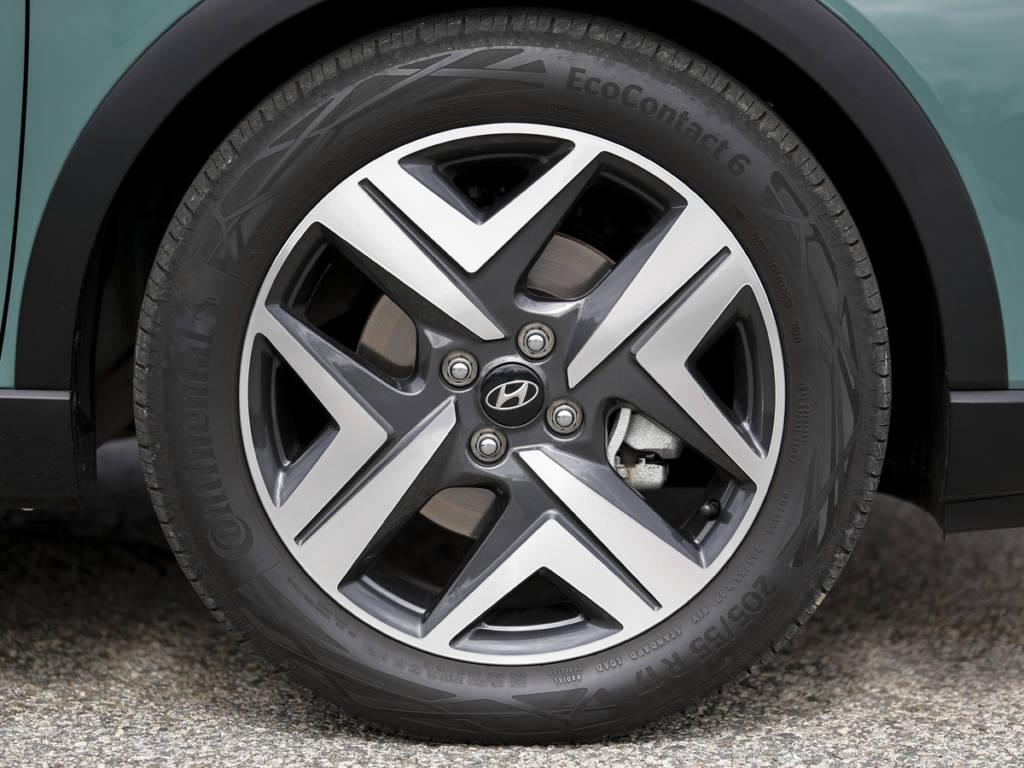 Hyundai Bayon llanta