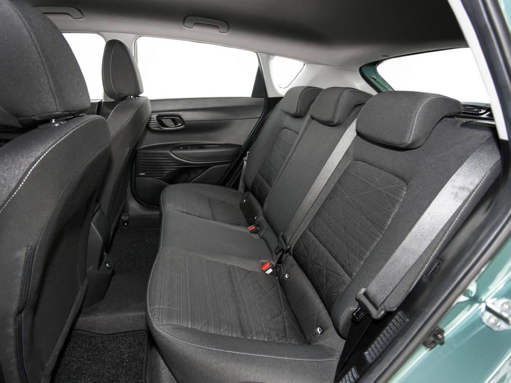 Hyundai Bayon asientos traseros