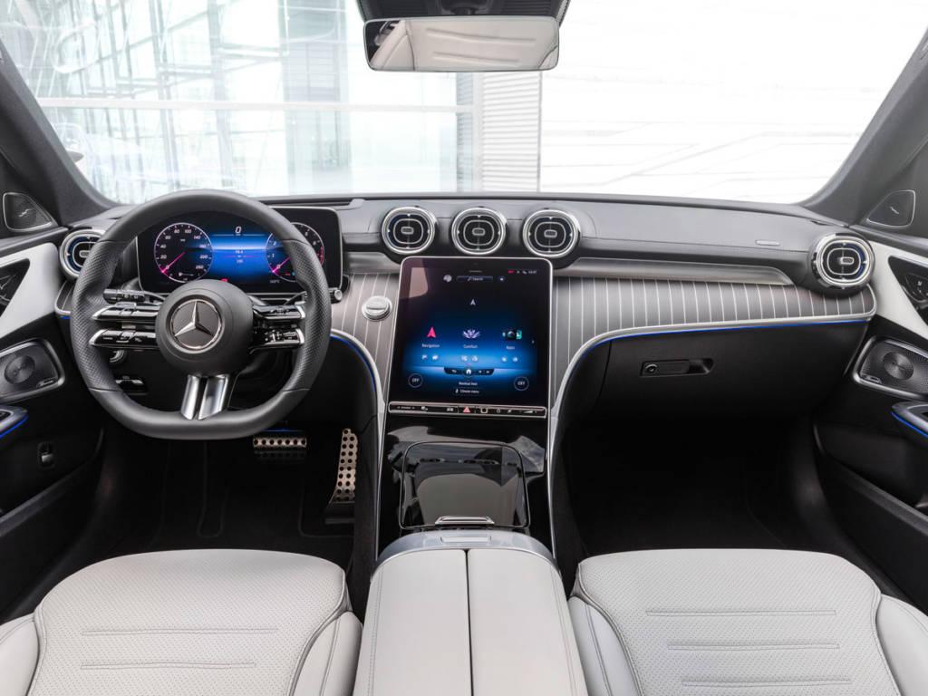 Mercedes-Benz Clase C 2021 interior salpicadero