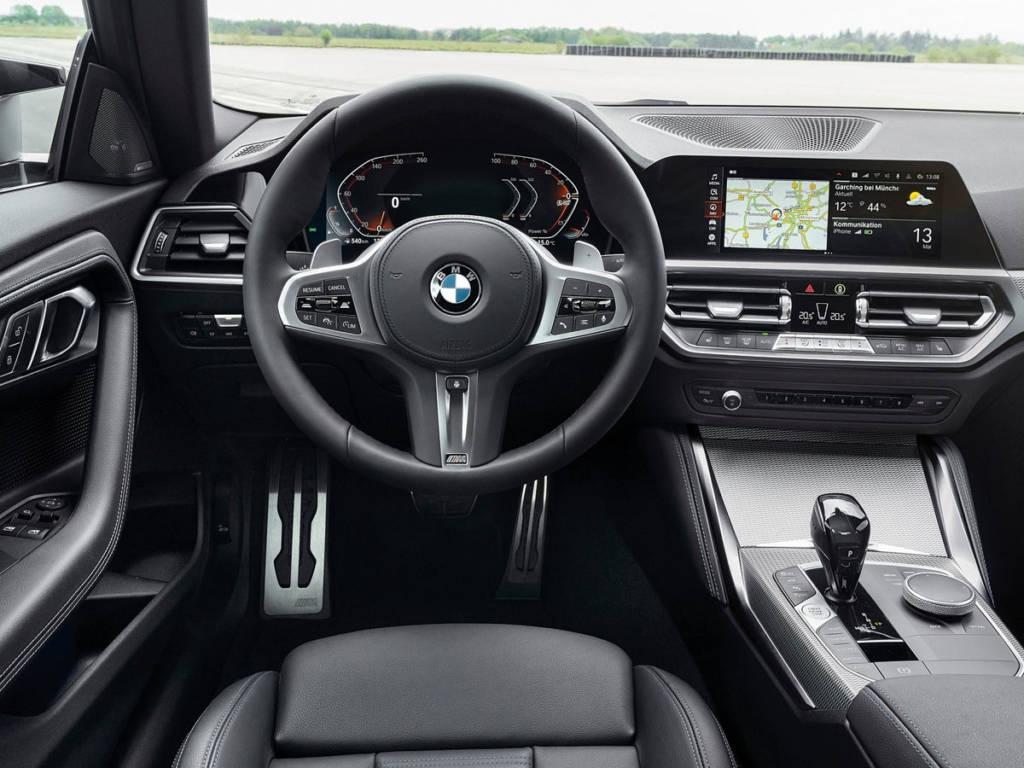 BMW Serie 2 Coupé 2022 interior