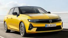 Opel Astra 2022 frontal movimiento