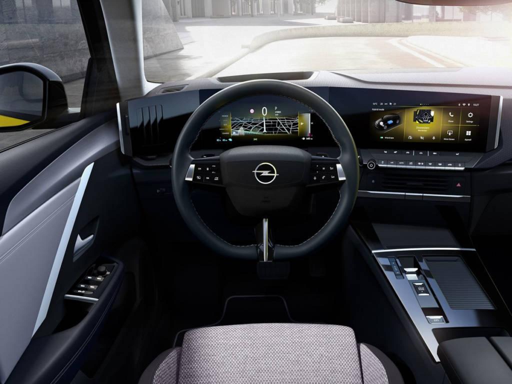 Opel Astra 2022 salpicadero