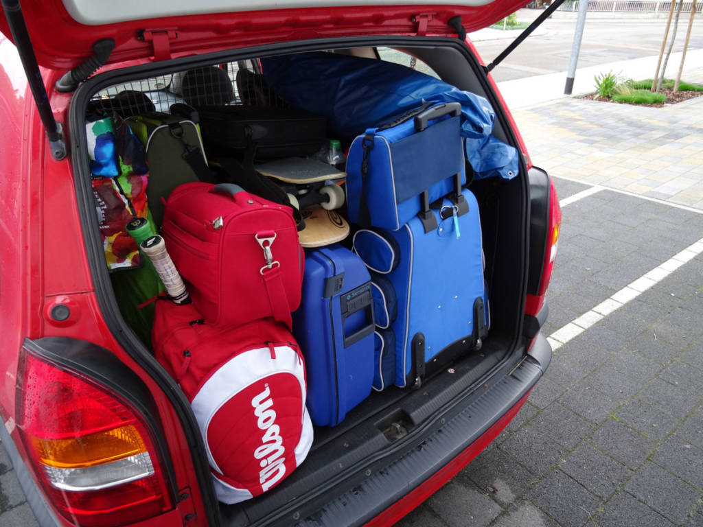 maletas coche maletero